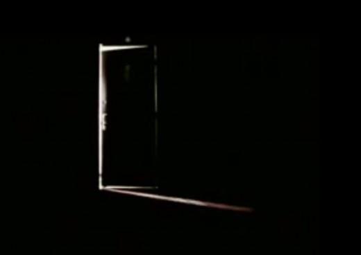 La porta chiusa associazione culturale teatrale cara mella for Porta chiusa